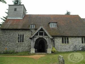 2.聖マーガレット教会の入口正面